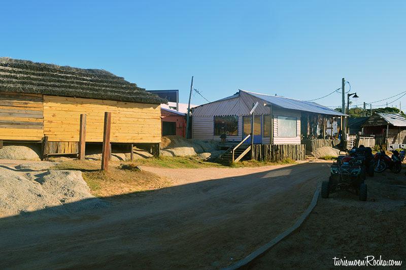 Alquiler de casas en punta del diablo rocha uruguay for Residencias en alquiler